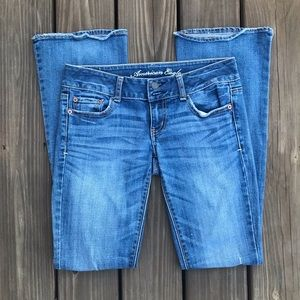 AE Artist jeans size 2